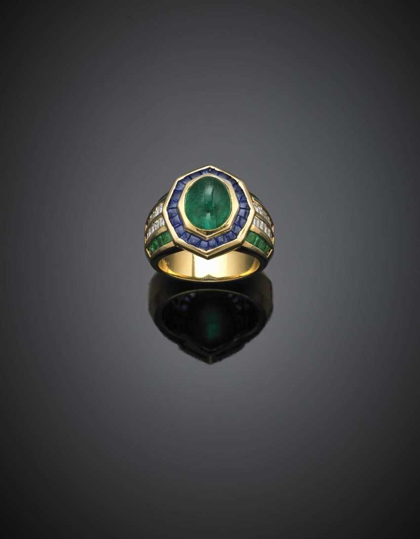 Oval cabochon emerald yellow gold ring accented with calibré diamonds emeralds and sapphires - photo 1