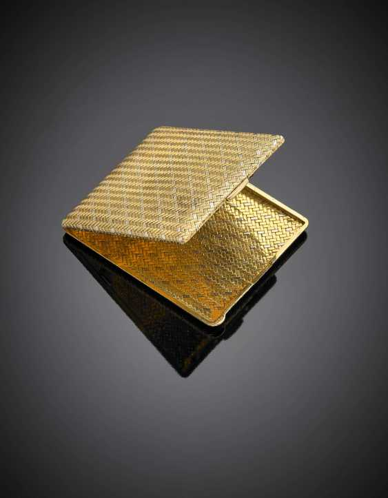 Bi-coloured gold cigarette case - photo 1