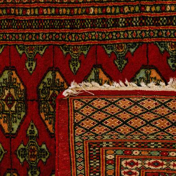 Orient carpet. PAKISTAN, 20. Century, 174x125 cm - photo 2