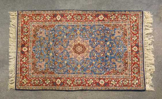 Orient carpet. ISFAHAN / PERSIA, 1. Half of the 20. Century, approx. 161x106 cm - photo 1