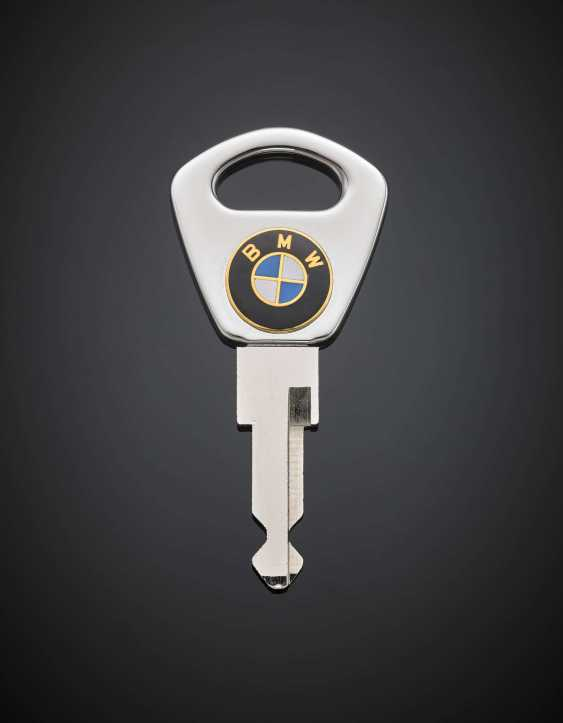 *Silver and metal BMW key - photo 1