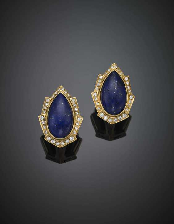 Pear shape cabochon lapis and diamond yellow gold earclips - photo 1