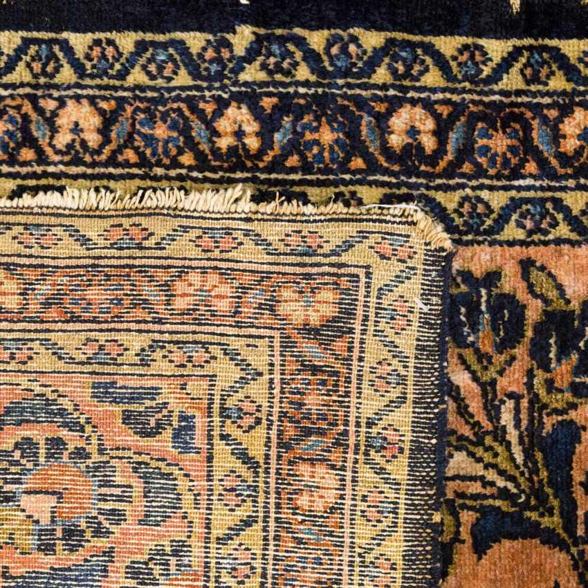 Orient carpet. SARUK / PERSIA, 20. Century, approx. 180x81 cm - photo 2