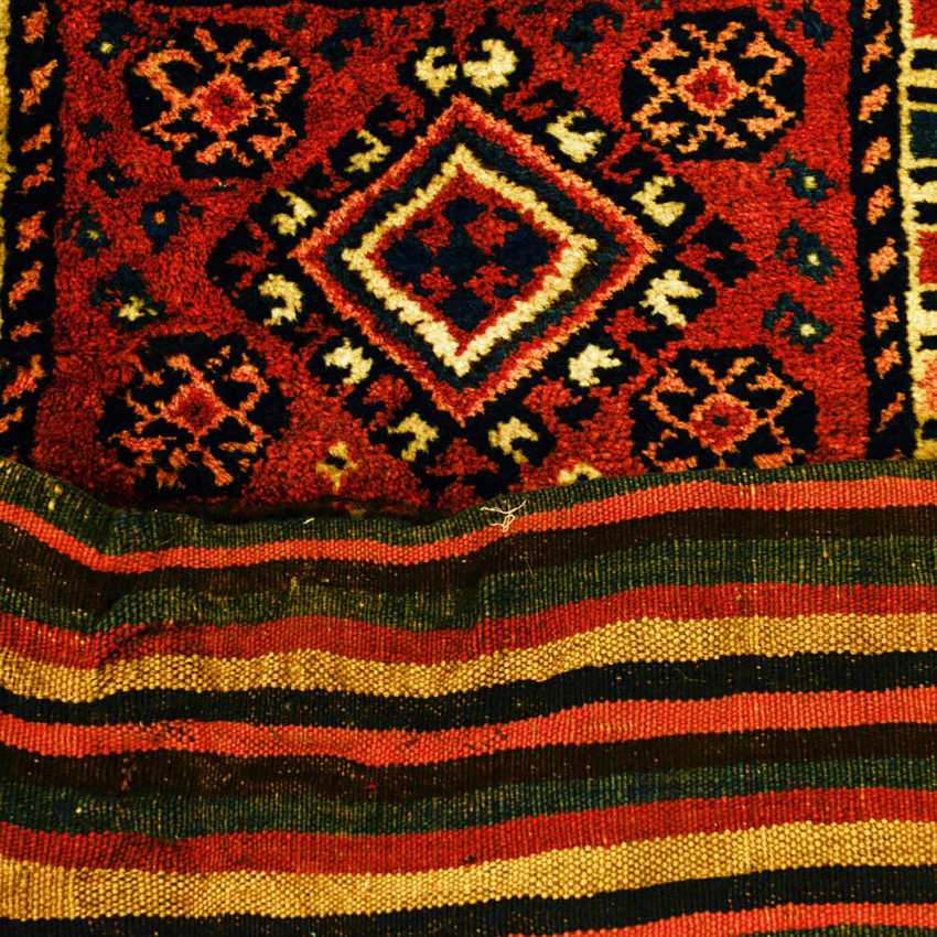 Beautiful Saddle Bag. KURDISTAN, 1. Half of the 20. Century - photo 2