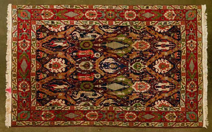 Orient carpet. YEREVAN. 1. Half of the 20. Century, approx. 338x249 cm - photo 1