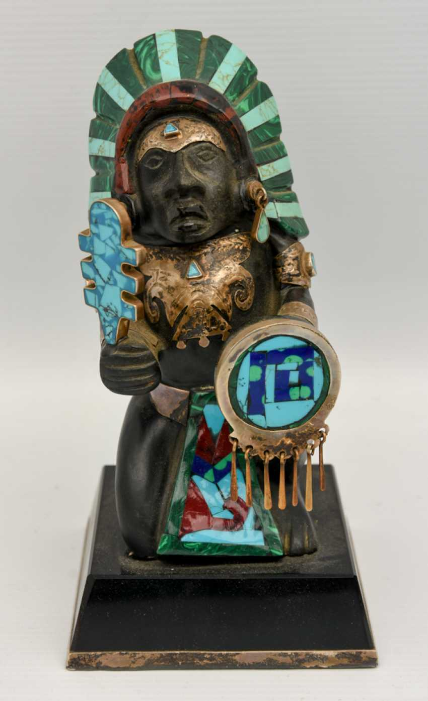 INDIAN CHIEF figure with silver fittings and semi-precious stones, 20. Century - photo 1