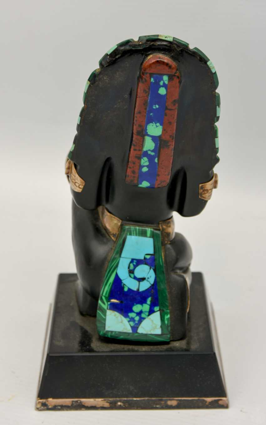 INDIAN CHIEF figure with silver fittings and semi-precious stones, 20. Century - photo 3