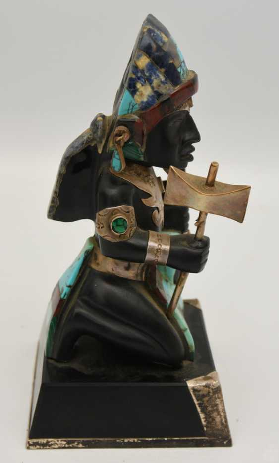 AZTEC CHIEFTAIN, the figure with silver fittings and semi-precious stones, 20. Century - photo 4