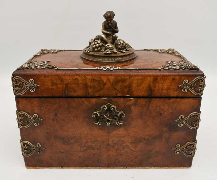 Wooden chest, veneered walnut burl, silver, with dedication, Germany, around 1910 - photo 1