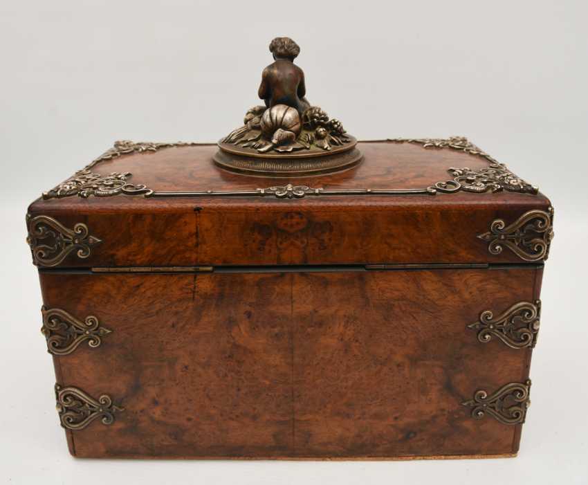 Wooden chest, veneered walnut burl, silver, with dedication, Germany, around 1910 - photo 4