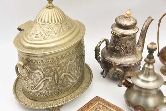 GROUP of ARAB decorative objects, brass/Nickel/wood carved and partly chased/, Orient 20. Century - photo 2