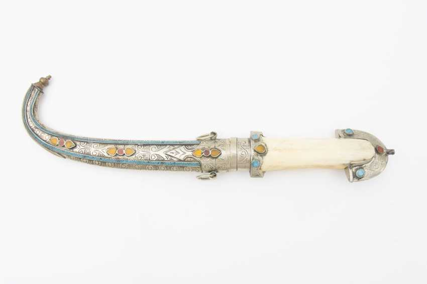 Curved dagger WITH steel scabbard, leg/semi-precious stones, Morocco, early 20th. Century - photo 3