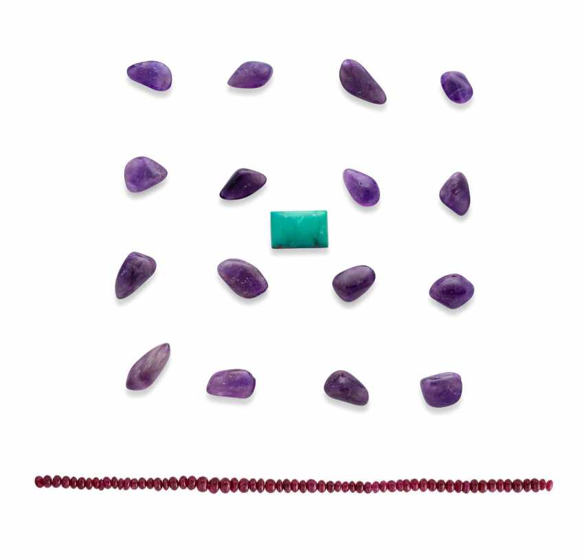 NO RESERVE UNMOUNTED RUBIES, AMETHYSTS AND TURQUOISE - photo 1
