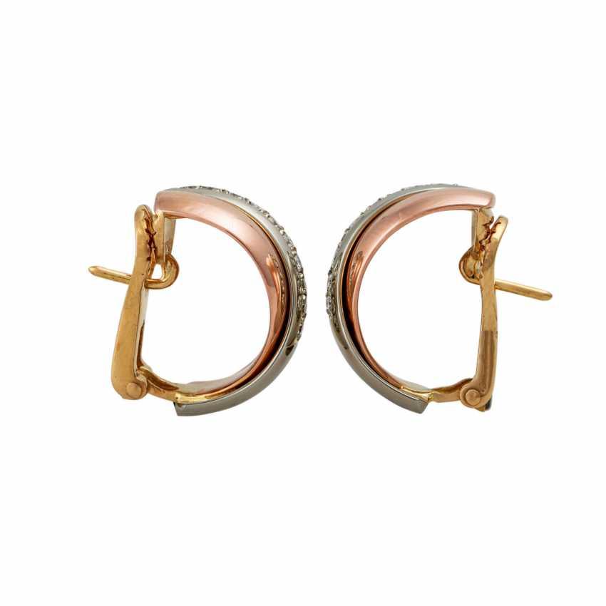 Pair of half hoop earrings with diamonds - photo 3
