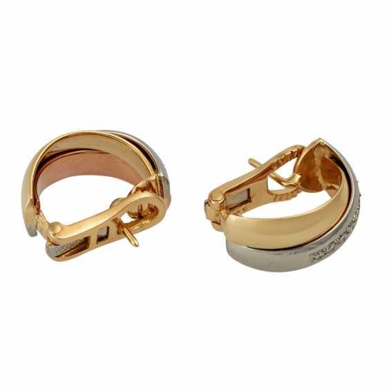 Pair of half hoop earrings with diamonds - photo 4