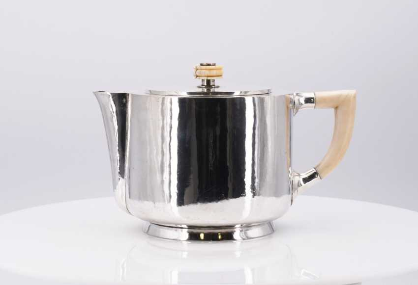 Five-piece Art Deco coffee and tea service - photo 11