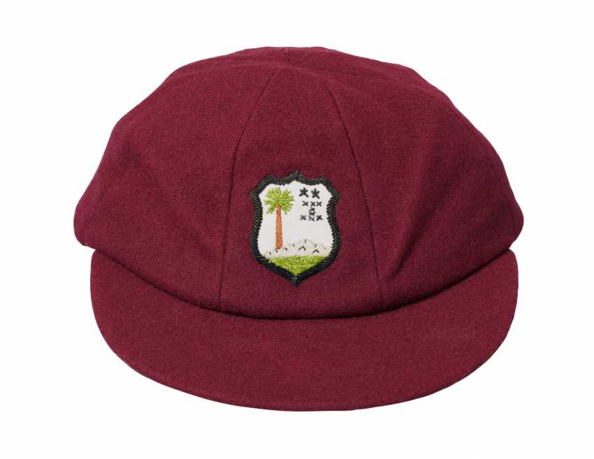 CASQUETTE CLIVE LLOYD'S WEST INDIES MAROON - photo 1