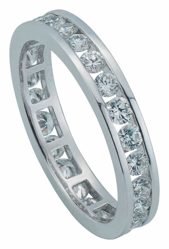 Eternity ring with diamonds - photo 1