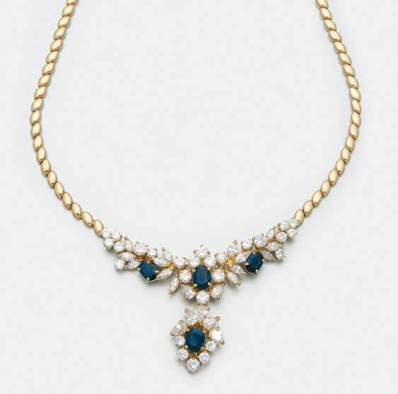 Elegant sapphire diamond necklace - photo 1