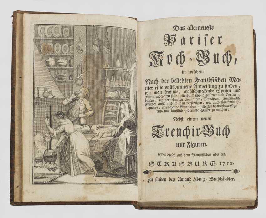 Le tout dernier livre de cuisine parisienne (...) accompagné d'un livre Trenchier avec des personnages. Titre original - photo 1