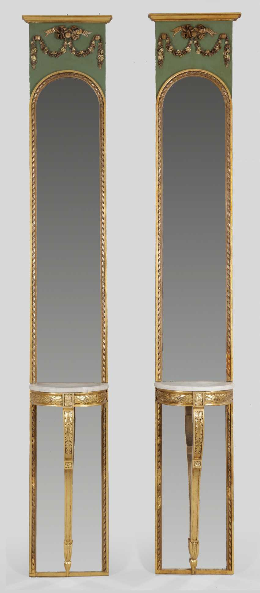 Pair of representative Louis XVI mirror panels with consoles - photo 1