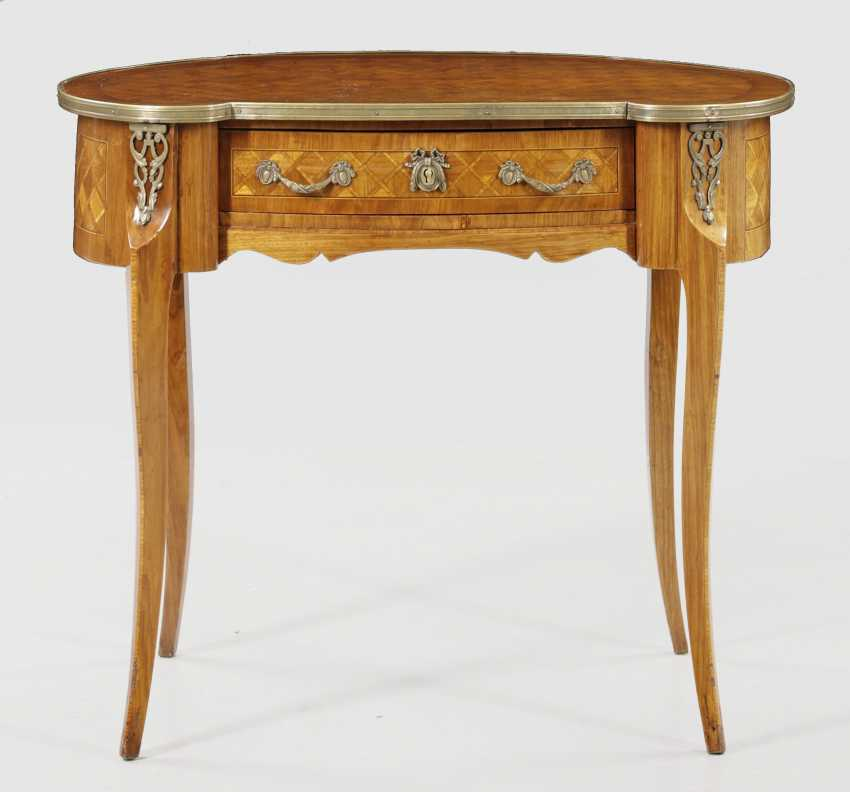 Small Louis XVI desk - photo 1