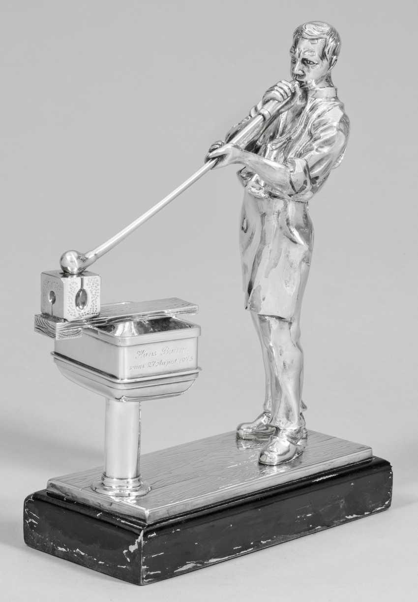 Sculpture of a glassblower - photo 1