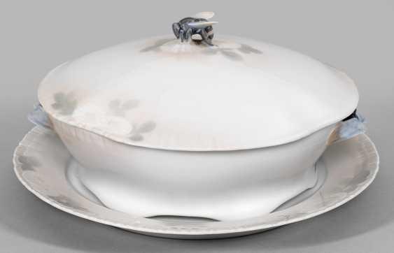 Art Nouveau decorative lid terrine - photo 1