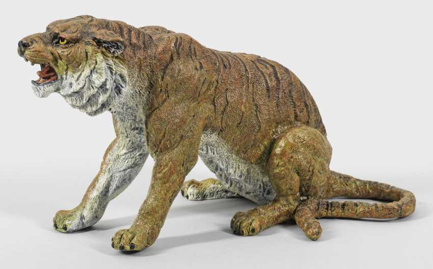 Large Vienna bronze roaring tiger - photo 1