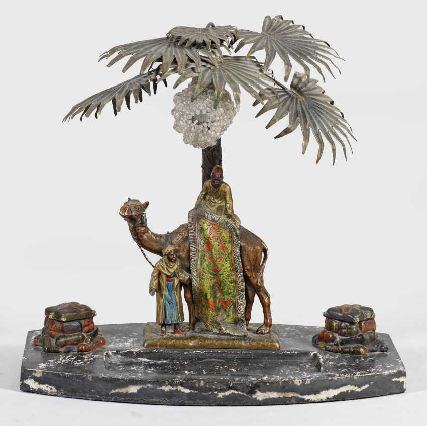 Rare Viennese table lamp with Arab figures as writing utensils - photo 1