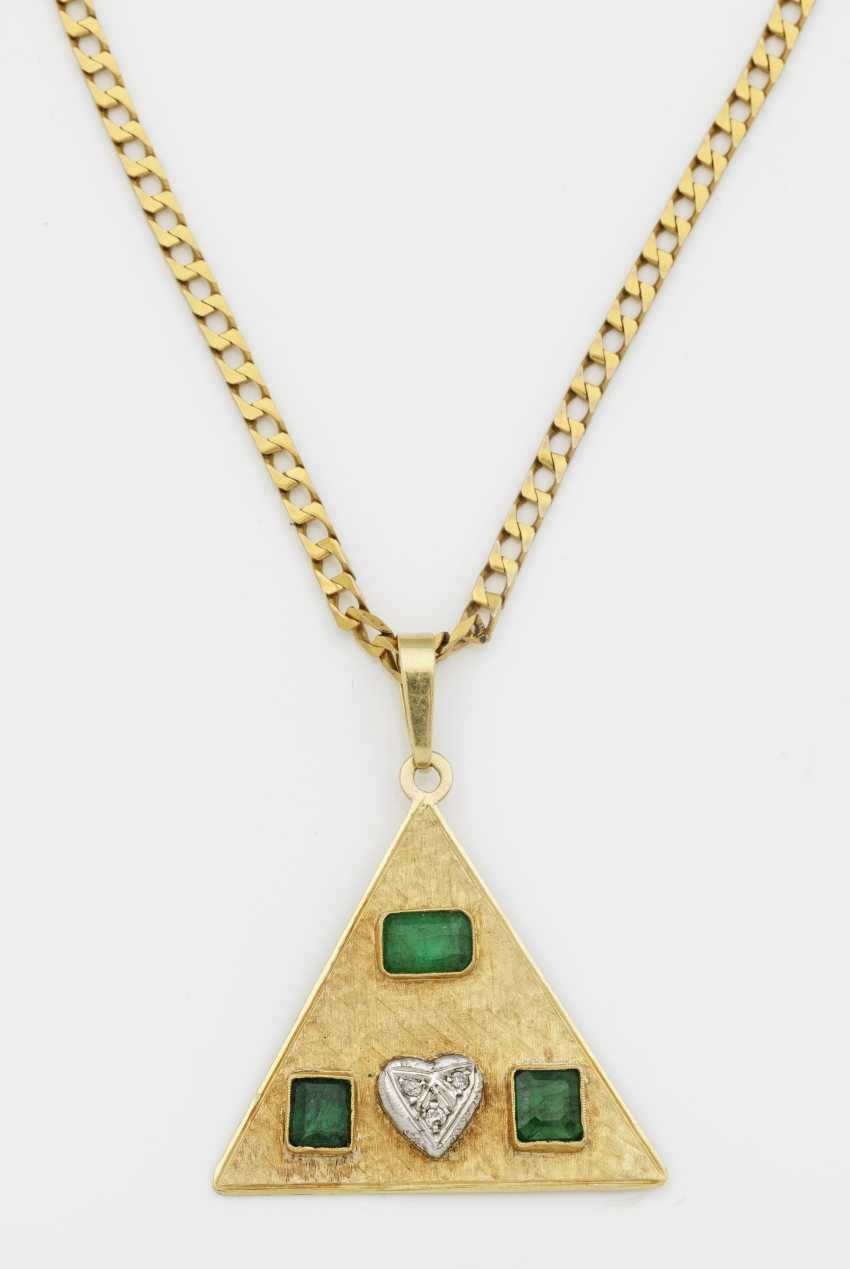 Extravagant emerald pendant - photo 1