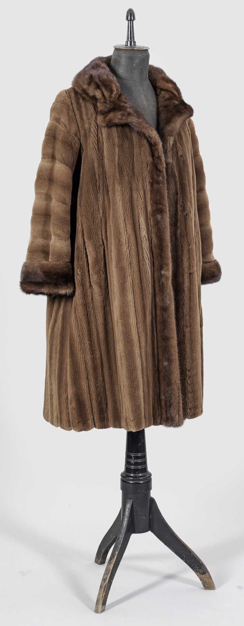 Elegant mink coat from Bischoff - photo 1
