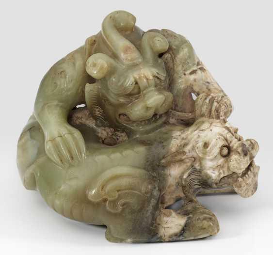 Große Jade-Figur im Stil der Han-Dynastie - photo 1