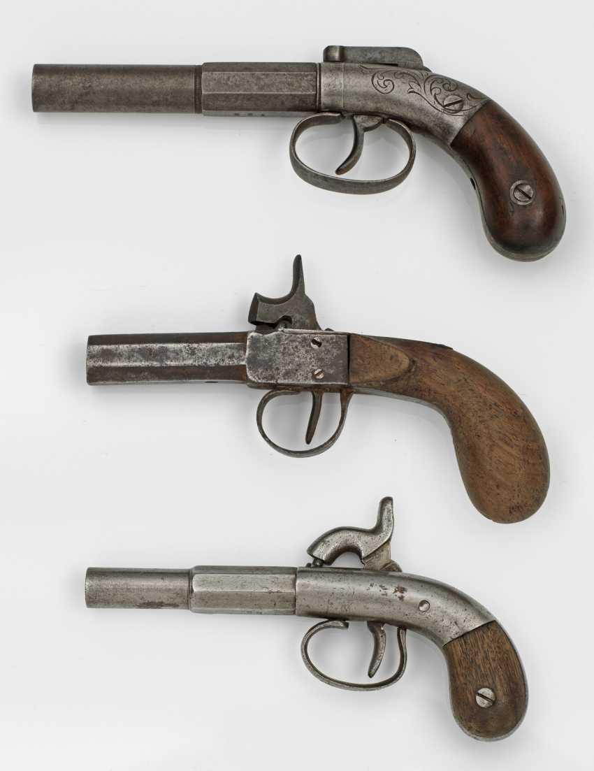 Drei Perkussions-Taschenpistolen - photo 1