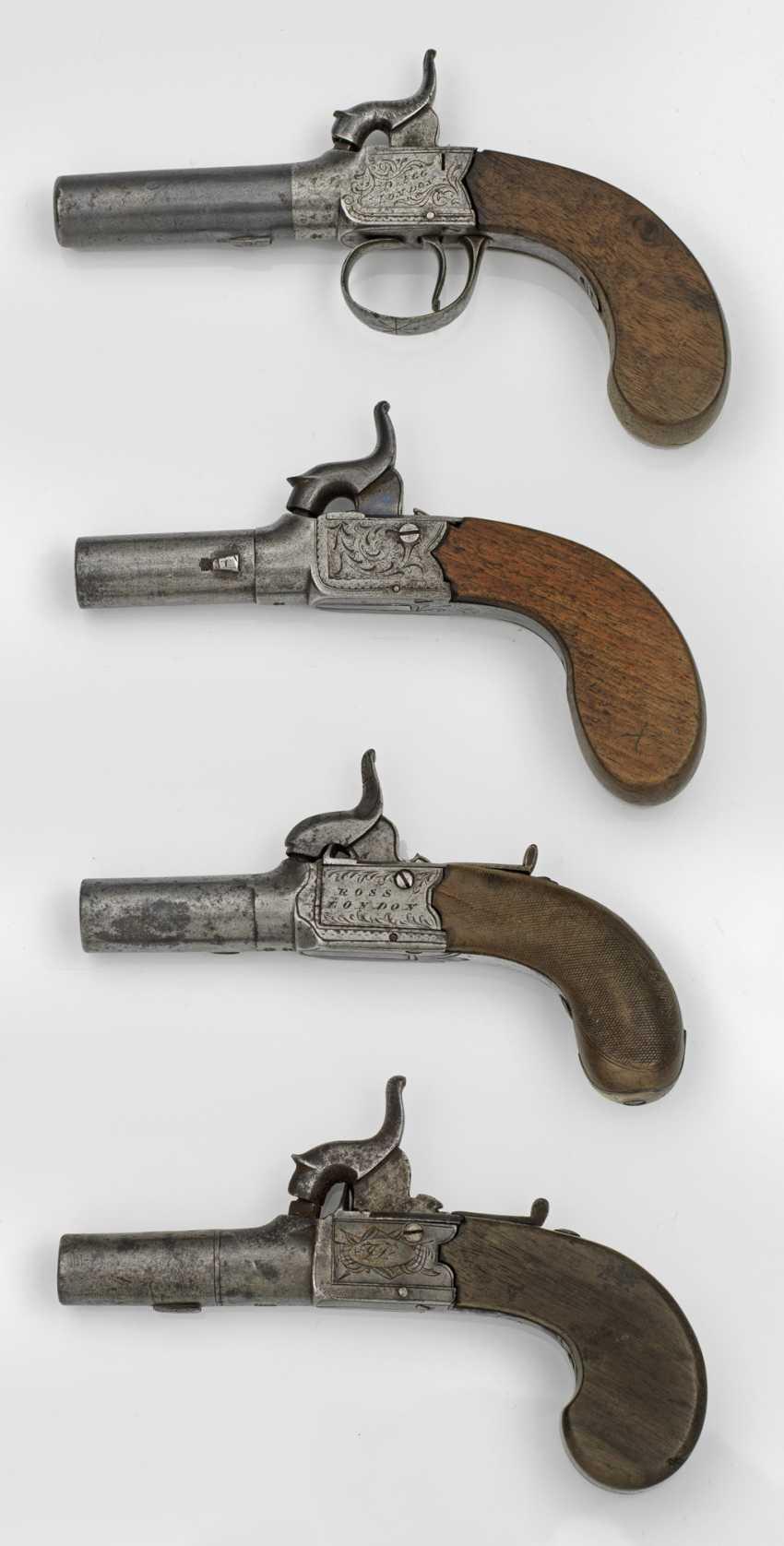 Vier Perkussions-Taschenpistolen - photo 1
