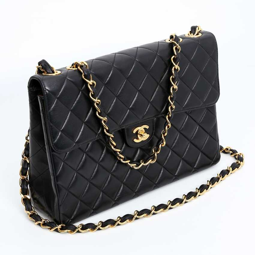 3c95505a9e21ea CHANEL VINTAGE exclusive shoulder bag