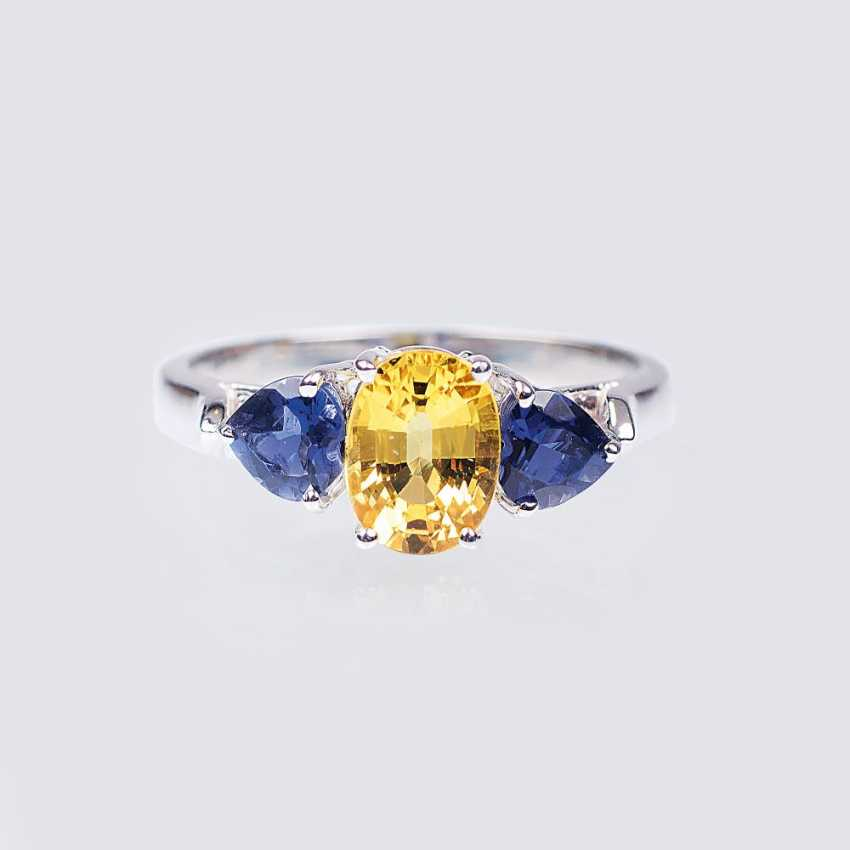 Ring with a yellow sapphire and an iolite heart - photo 1