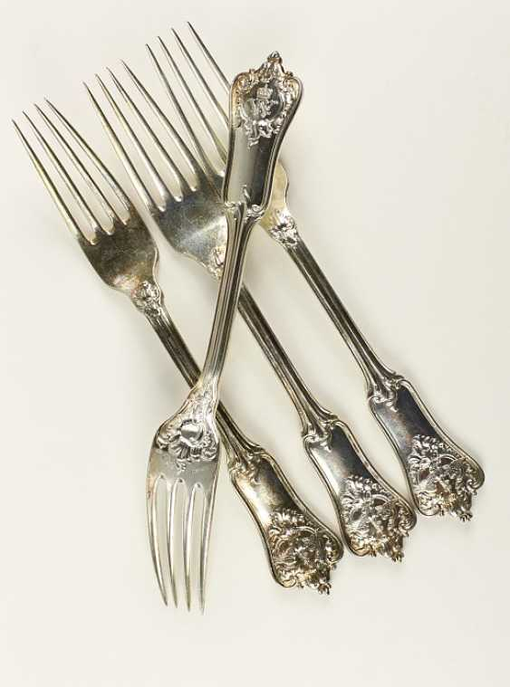 4 dining forks, - photo 1