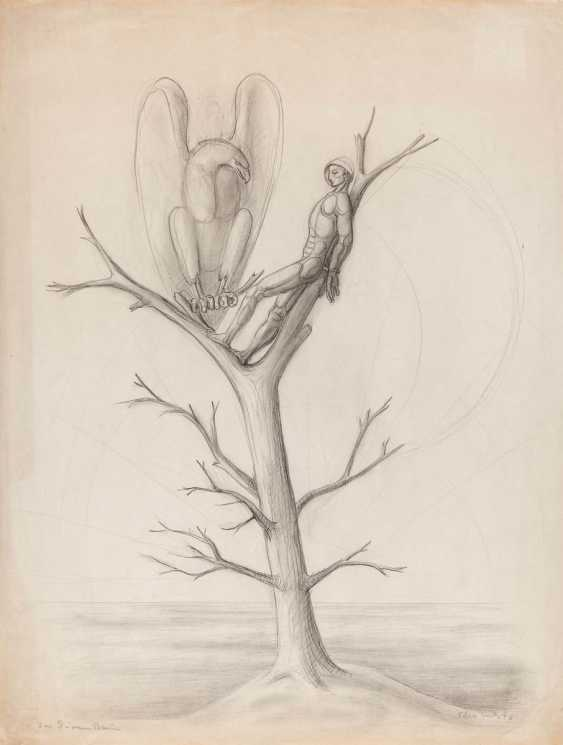 In the dry tree - photo 1