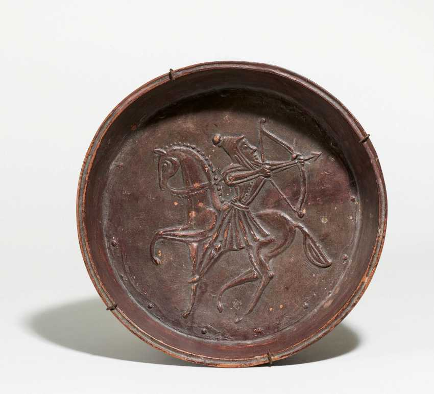 Bowl with riding archer - photo 1