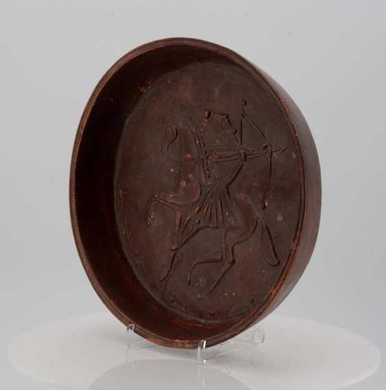 Bowl with riding archer - photo 3