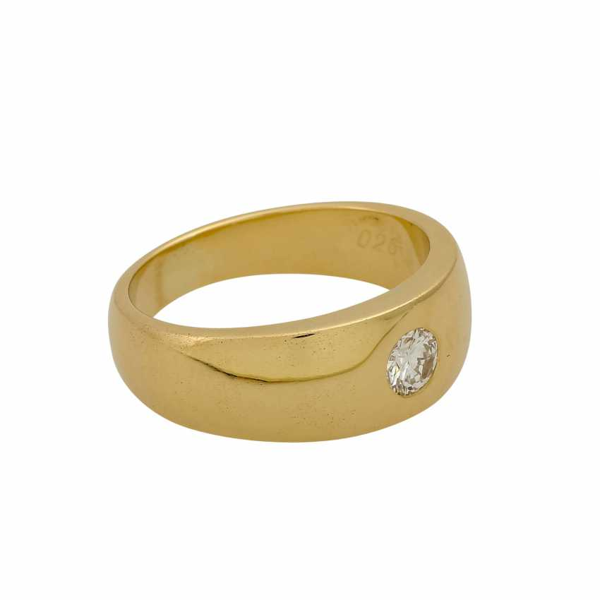 Solitaire ring with a diamond of 0.26 ct (hallmarked), - photo 1