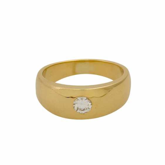 Solitaire ring with a diamond of 0.26 ct (hallmarked), - photo 2