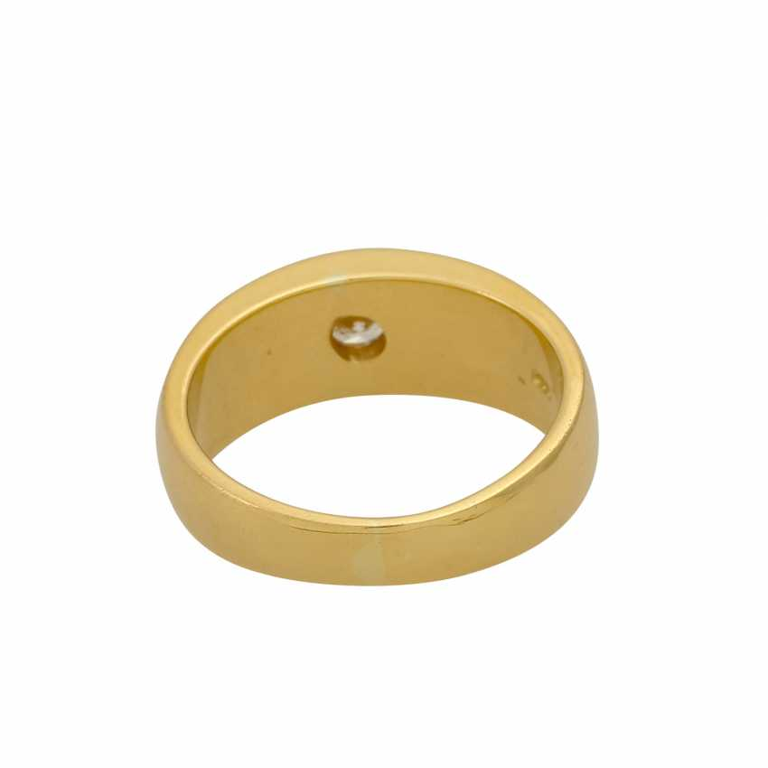 Solitaire ring with a diamond of 0.26 ct (hallmarked), - photo 4