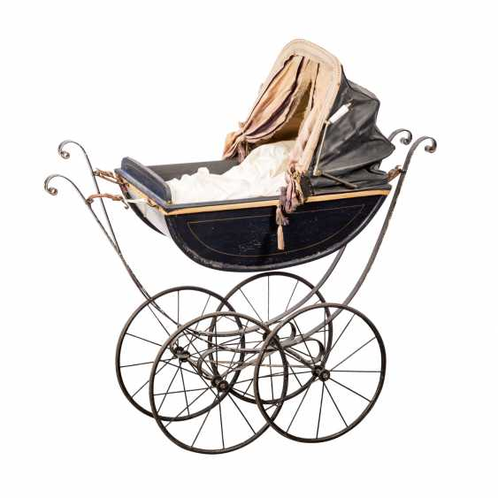 DOLL CARRIAGE - photo 1