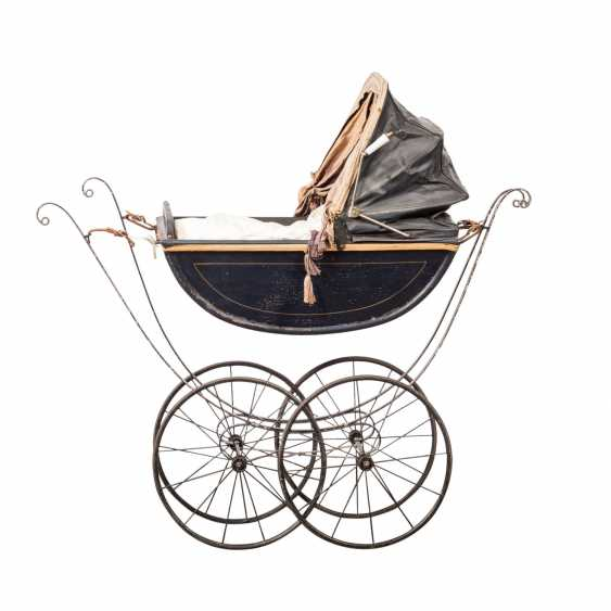 DOLL CARRIAGE - photo 2