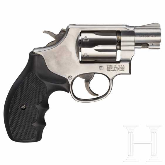 """Smith & Wesson Modell 64-6, """"The .38 M & P Stainless"""", im Koffer - photo 2"""