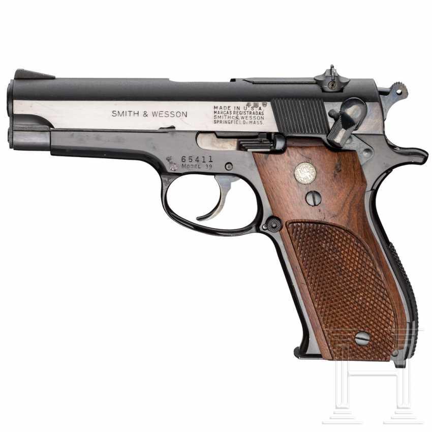 "Smith & Wesson Modell 39, ""1st Generation DA 9 mm"" - photo 1"