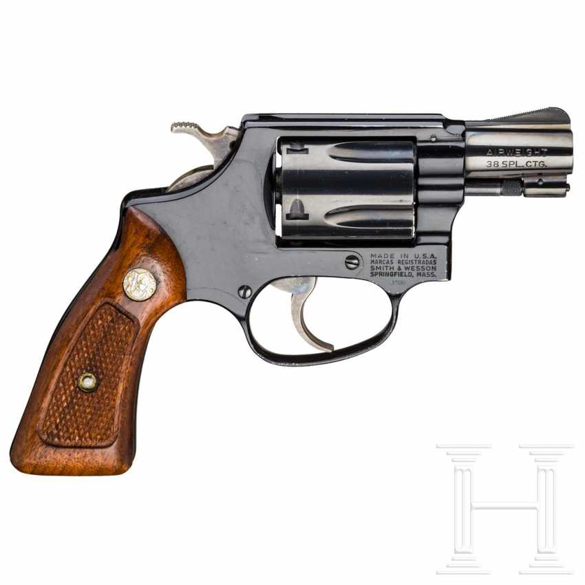 """Smith & Wesson Modell 37, """"The .38 Chief's Special Airweight"""" - photo 2"""