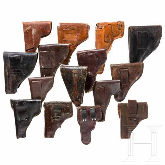 15 internationale Pistolentaschen, 20. Jahrhundert - photo 2